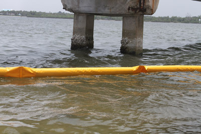 floating debris boom